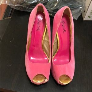 Qupid got pink heels - never used